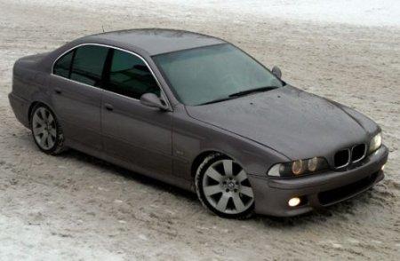 БМВ 525